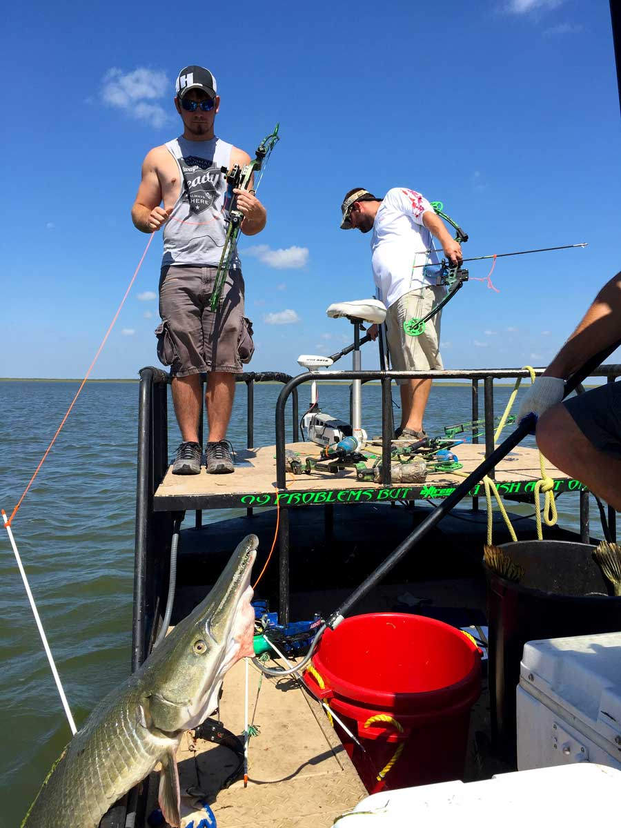 Gas Prices In Louisiana >> Extreme Bowfishing   Texas Premiere Alligator Gar Guide